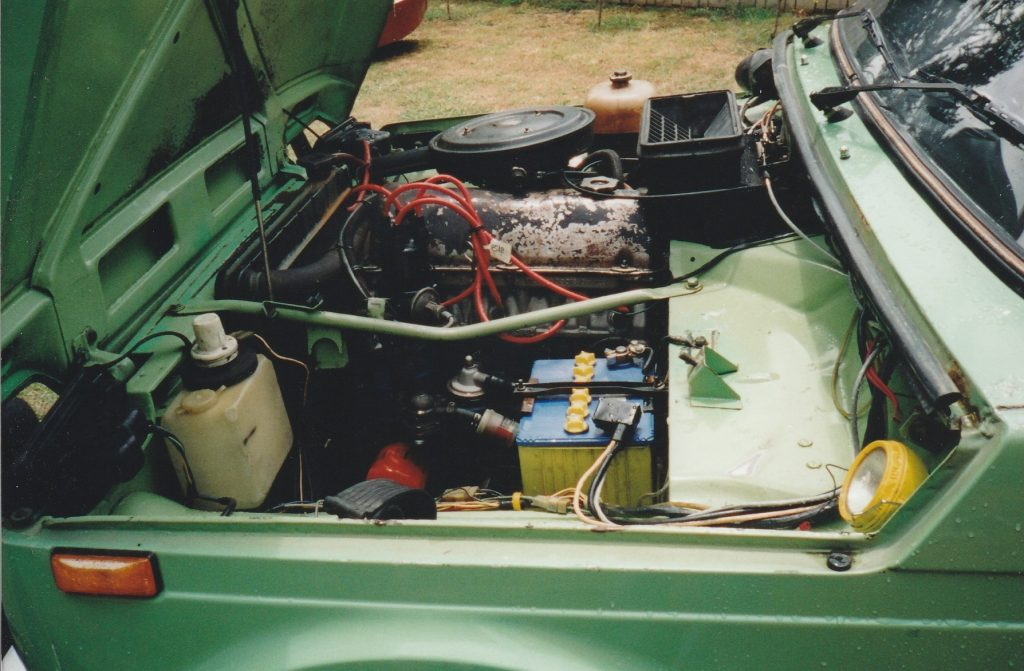 1986 Lada Niva engine bay